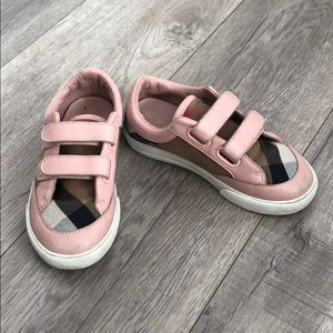 Little girls Burberry sneaker